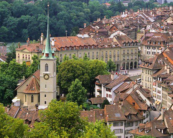 ベルン旧市街の時計塔